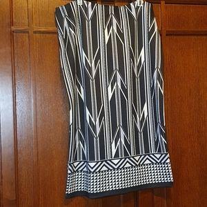 New York & Company ladies skirt - size 4